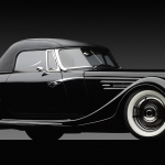_1932-Ford-Speedster-front-3q-dark