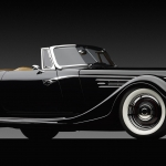 _1932-Ford-Speedster-front-3q-top-off-on-dark