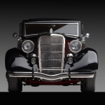 1935-Ford-2-Dr-Coach-front